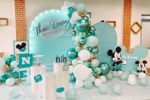 Mẫu trang trí sinh nhật chủ đề Chuột màu xanh lá